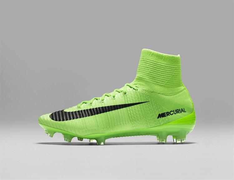 Fel groene Nike Mercurial Superfly Radiation Fla Voetbal