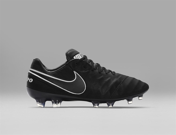 Nike -tech -craft -pack -blackout -tiempo -voetbalschoenen