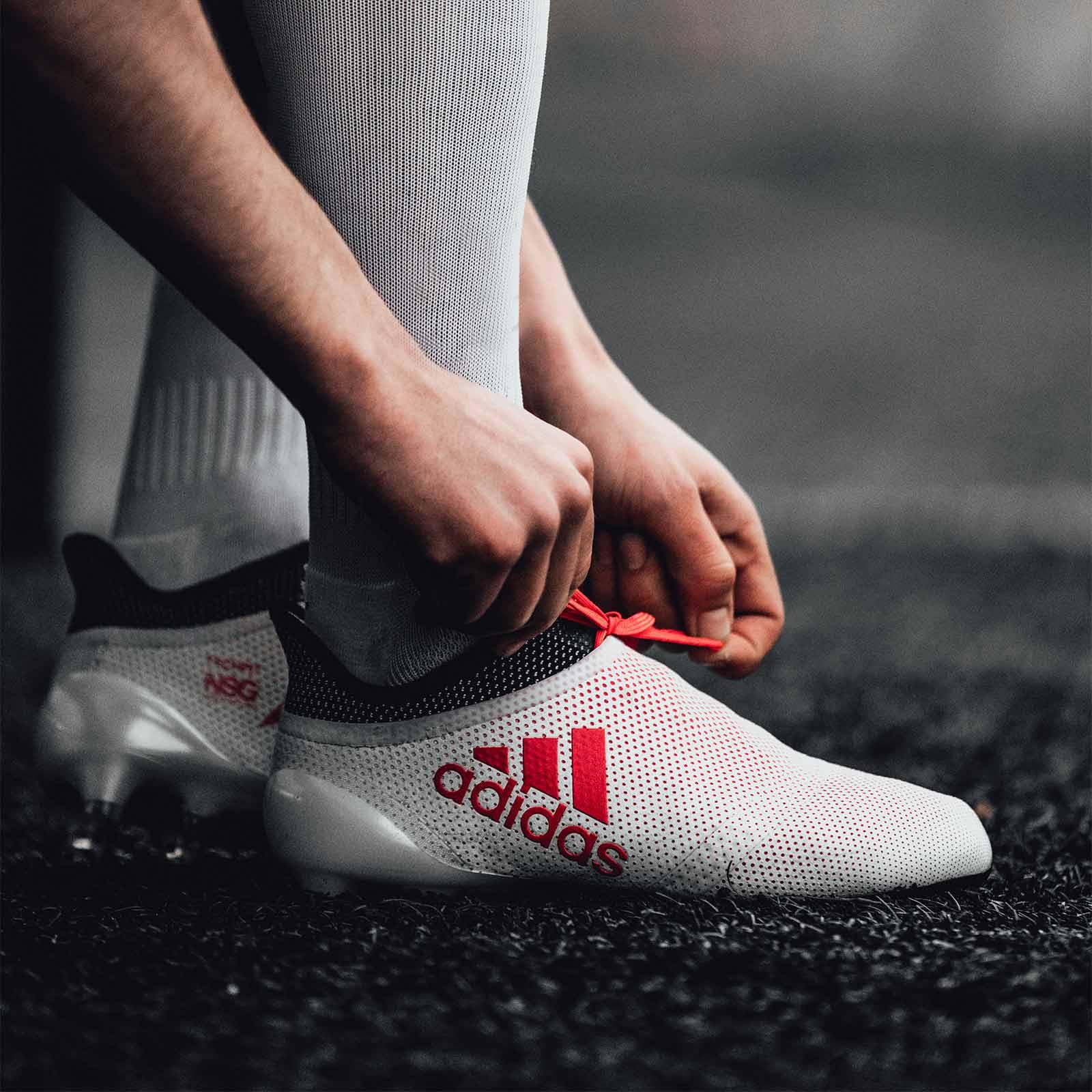 d606821c4bb adidas lanceert wit rode adidas X17 Cold Blooded - Voetbal-schoenen.eu