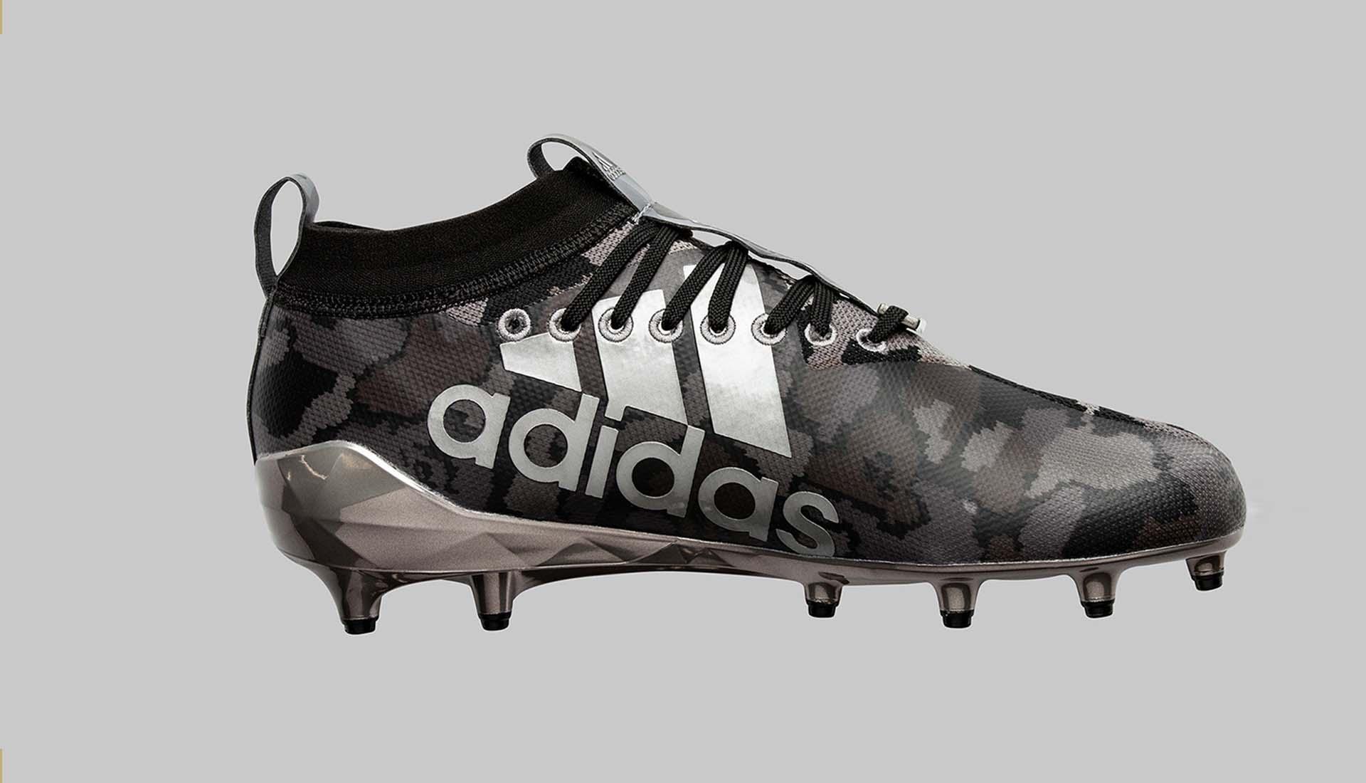 De adidas X BAPE adizero 8.0 American Football s Voetbal