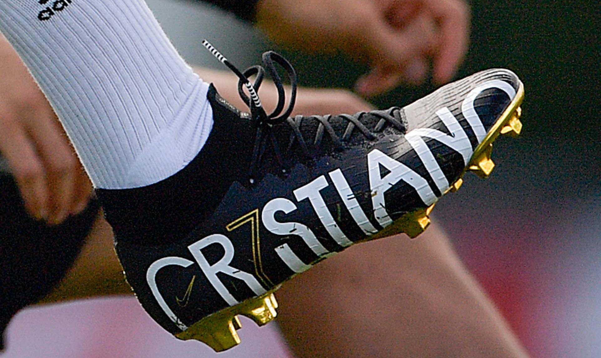 Nike lanceert vette Mercurial Superfly CR7 voetb Voetbal
